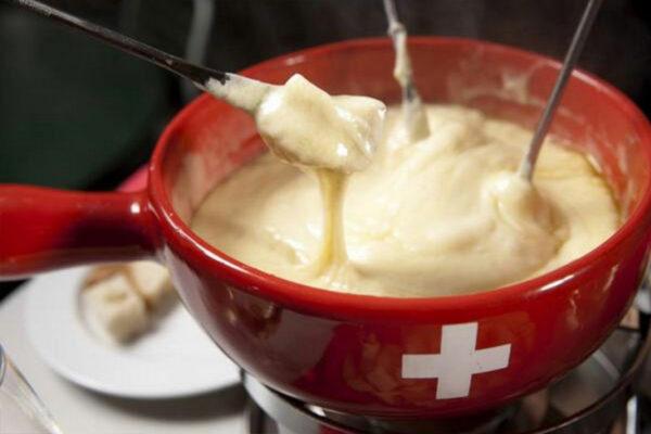 Pack fondue Suisse Moitié-Moitié