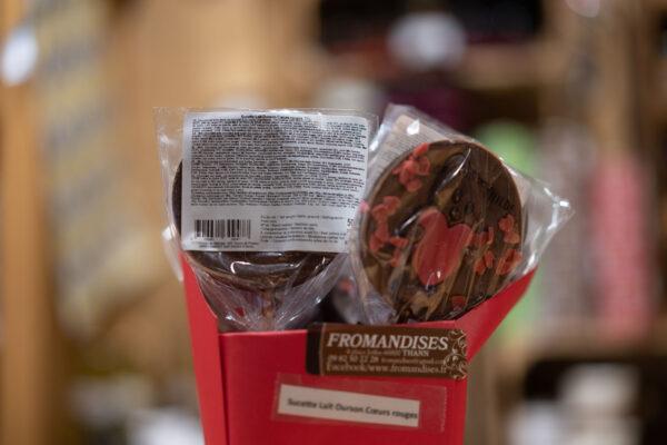 Sucette chocolat lait - Ourson coeurs rouges